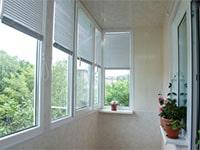 Выбор жалюзи для балконов и лоджий